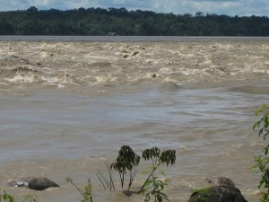 The Beni river, a tributary of the Madeira river, when it overflowed its banks in 2011 upstream of Cachuela Esperanza, where the Bolivian government is planning the construction of a hydropower dam. Credit: Mario Osava/IPS
