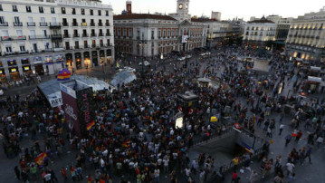 Spaniards gather at the Puerta Del Sol in Madrid demanding a referendum on monarchy (Reuters)