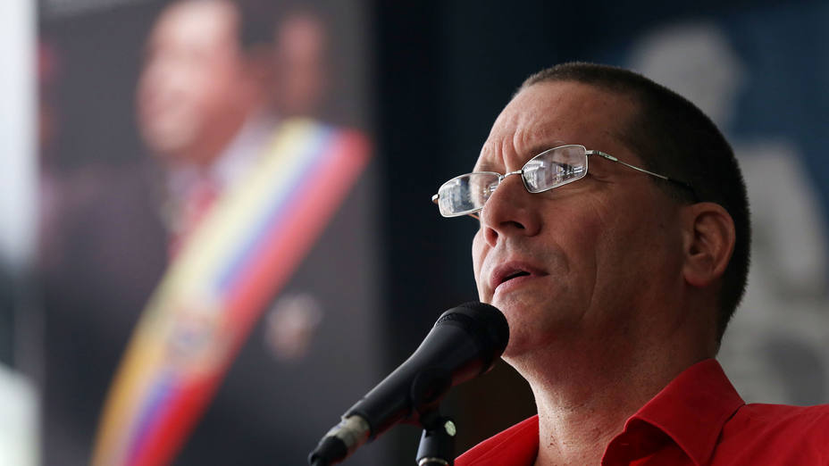 "According to Venezuelan Minister of Foreign Trade and Global Investment, Jesús Faría, the Venezuelan government has managed to gather all economic sectors to ""overcome"" troubles with shortage"
