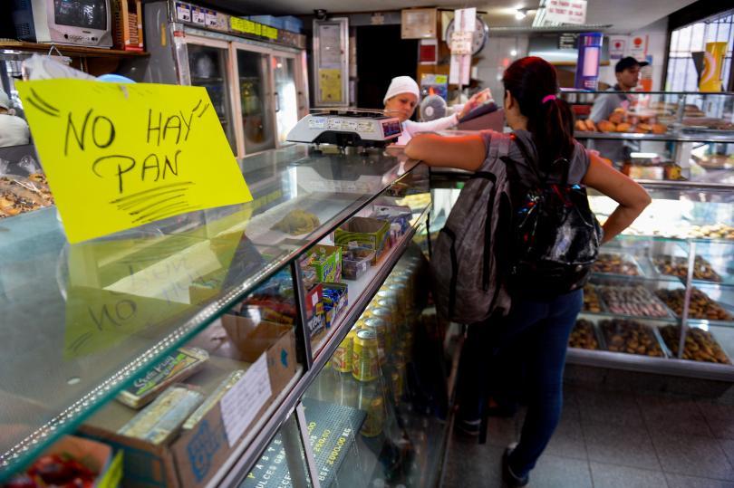 Venezuela No Hay Pan (No Bread)